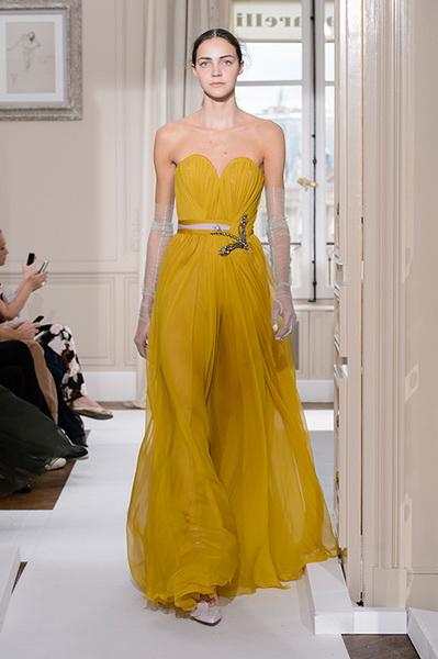 Schiaparelli Haute Couture осень-зима 2017-2018 (75443-Schiaparelli-Haute-Couture-AW-2017-2018-19.jpg)
