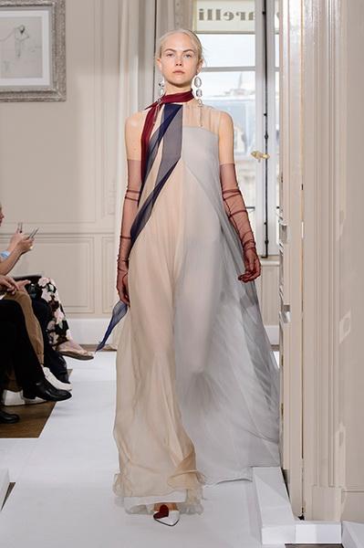 Schiaparelli Haute Couture осень-зима 2017-2018 (75443-Schiaparelli-Haute-Couture-AW-2017-2018-22.jpg)