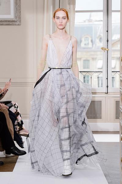 Schiaparelli Haute Couture осень-зима 2017-2018 (75443-Schiaparelli-Haute-Couture-AW-2017-2018-24.jpg)