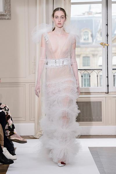 Schiaparelli Haute Couture осень-зима 2017-2018 (75443-Schiaparelli-Haute-Couture-AW-2017-2018-25.jpg)