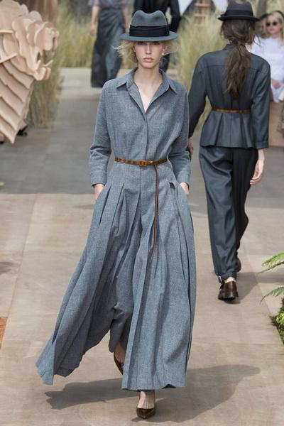 Christian Dior Haute Couture осень-зима 2017-2018 (75681-Christian-Dior-Haute-Couture-AW-2017-2018-07.jpg)