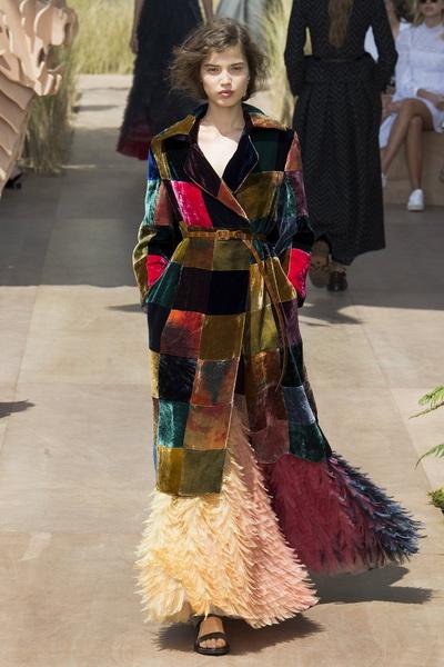 Christian Dior Haute Couture осень-зима 2017-2018 (75681-Christian-Dior-Haute-Couture-AW-2017-2018-12.jpg)