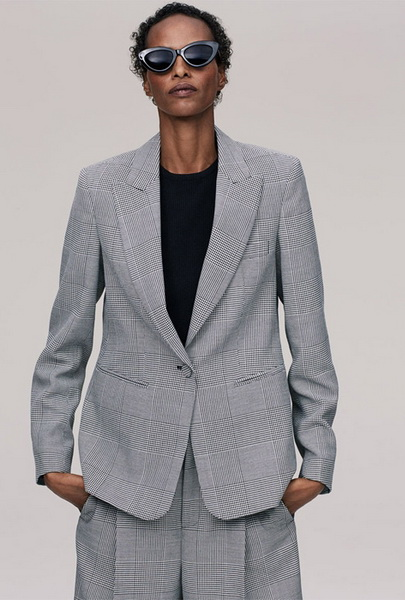 Модели старше 40 снялись в новом лукбуке Zara (76206-Modeli-Starshe-40-V-Lukbuke-Zara-b.jpg)
