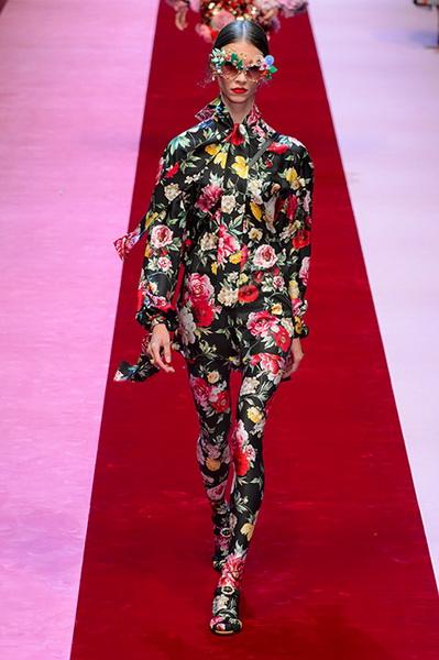 Dolce Gabbana весна-лето 2018 (76509-Dolce-Gabbana-SS-2018-24.jpg)