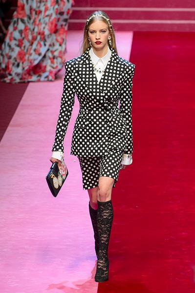 Dolce Gabbana весна-лето 2018 (76509-Dolce-Gabbana-SS-2018-27.jpg)