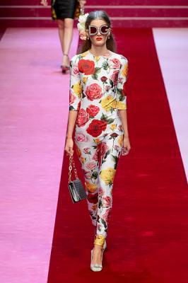 Dolce & Gabbana весна-лето 2018 (76509-Dolce-Gabbana-SS-2018-b.jpg)
