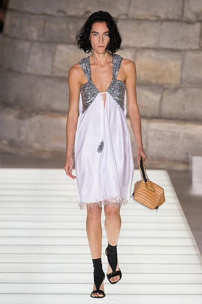 Louis Vuitton весна-лето 2018 (76661-Louis-Vuitton-SS-2018-19.jpg)