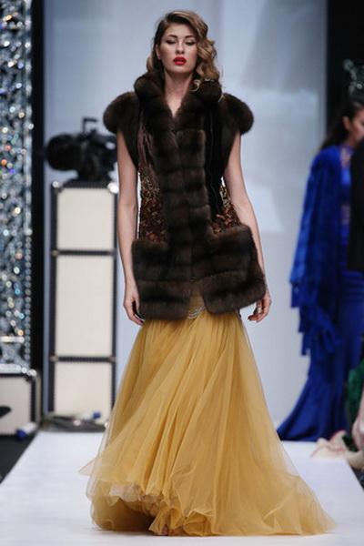 Меховой дом Julia Dilua на Mercedes-Benz Fashion Week (77038-Mexovoy-Dom-Julia-Dilua-Na-MBFW-03.jpg)