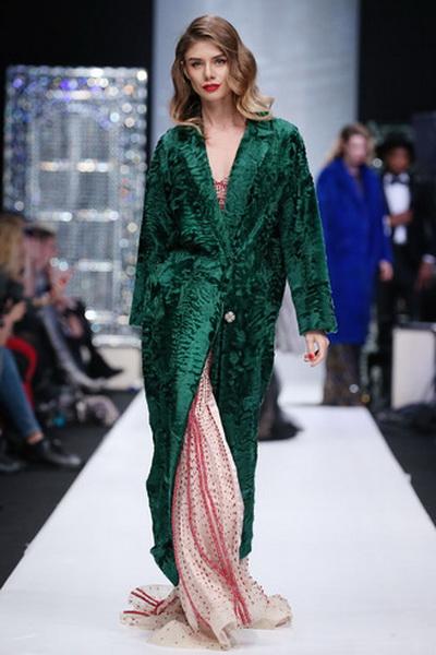 Меховой дом Julia Dilua на Mercedes-Benz Fashion Week (77038-Mexovoy-Dom-Julia-Dilua-Na-MBFW-06.jpg)