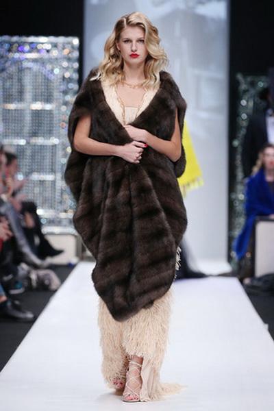 Меховой дом Julia Dilua на Mercedes-Benz Fashion Week (77038-Mexovoy-Dom-Julia-Dilua-Na-MBFW-08.jpg)