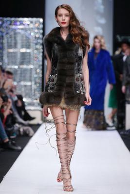 Меховой дом Julia Dilua на Mercedes-Benz Fashion Week (77038-Mexovoy-Dom-Julia-Dilua-Na-MBFW-11.jpg)