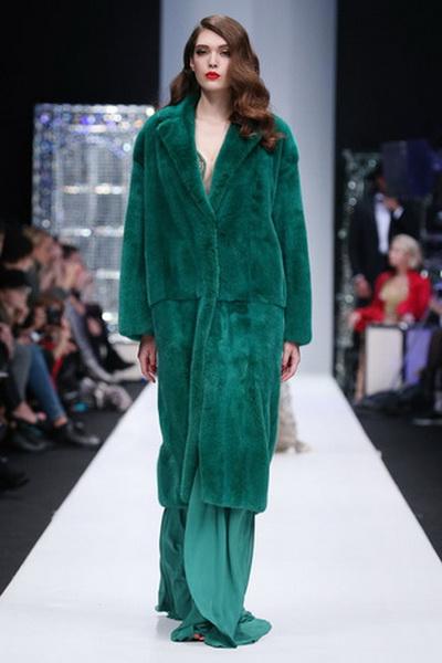 Меховой дом Julia Dilua на Mercedes-Benz Fashion Week (77038-Mexovoy-Dom-Julia-Dilua-Na-MBFW-13.jpg)