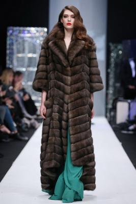 Меховой дом Julia Dilua на Mercedes-Benz Fashion Week (77038-Mexovoy-Dom-Julia-Dilua-Na-MBFW-20.jpg)