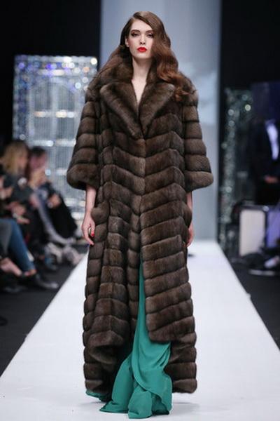 Меховой дом Julia Dilua на Mercedes-Benz Fashion Week (77038-Mexovoy-Dom-Julia-Dilua-Na-MBFW-20.jpg)