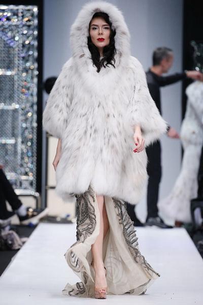 Меховой дом Julia Dilua на Mercedes-Benz Fashion Week (77038-Mexovoy-Dom-Julia-Dilua-Na-MBFW-24.jpg)