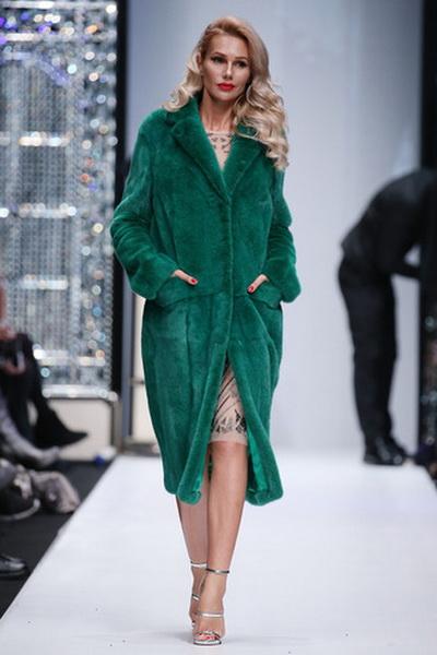 Меховой дом Julia Dilua на Mercedes-Benz Fashion Week (77038-Mexovoy-Dom-Julia-Dilua-Na-MBFW-b.jpg)