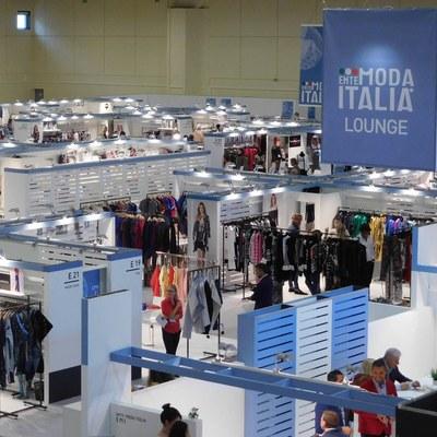 Итальянская мода снова в Москве (78427-ICE-ITA-EMI-SMI-s.jpg)