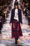 Christian Dior Fall Winter 2018-19 (78507-Christian-Dior-FW-2018-04.jpg)