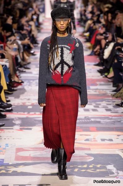 Christian Dior Fall Winter 2018-19 (78507-Christian-Dior-FW-2018-05.jpg)