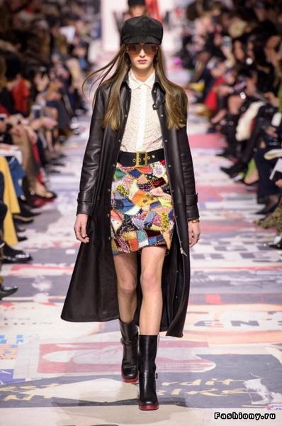 Christian Dior Fall Winter 2018-19 (78507-Christian-Dior-FW-2018-13.jpg)