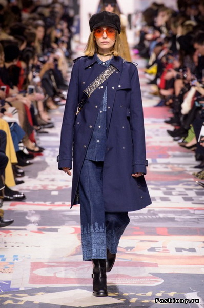 Christian Dior Fall Winter 2018-19 (78507-Christian-Dior-FW-2018-21.jpg)
