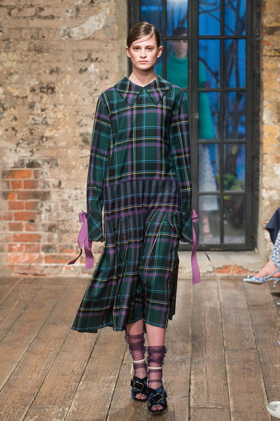 Evgeniya Kryukova Couture FW 2018/19  (79711-Evgeniya-Kryukova-FW-2018-19-14.jpg)
