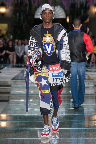 Мужская коллекция Versace весна–лето 2019 (79895-Mujskaya-Kollekciya-Versace-SS-2019-b.jpg)