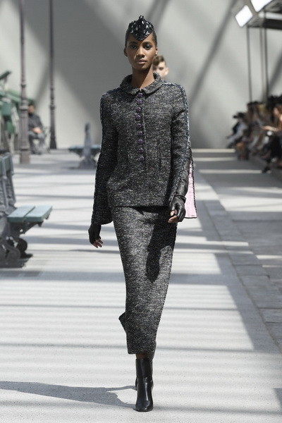 Chanel Couture осень-зима 2018 (80099-Chanel-FW-2018-07.jpg)