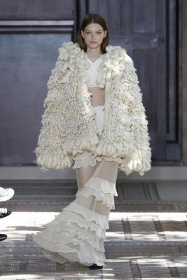 10fc7bc0bca ... Sonia Rykiel Couture осень-зима 2018 19 (80171-Sonia-Rykiel- ...