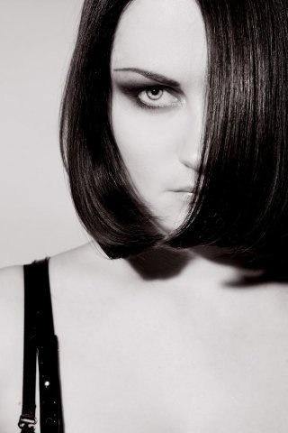 Нюра Меняйлова: мужской стиль всегда свободен ... от тенденций (81028-nura-meny-05.jpg)