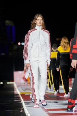 TOMMYNOW FALL 2018 (81035-TOMMYNOW-FALL-2018-06.jpg)
