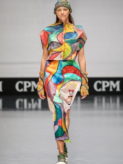 Русский авангард от молодых петербургских дизайнеров (81508-ArtFuture-11.jpg)
