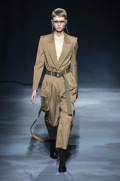 Givenchy весна-лето 2019 (81528-Givenchy-SS-2019-07.jpg)