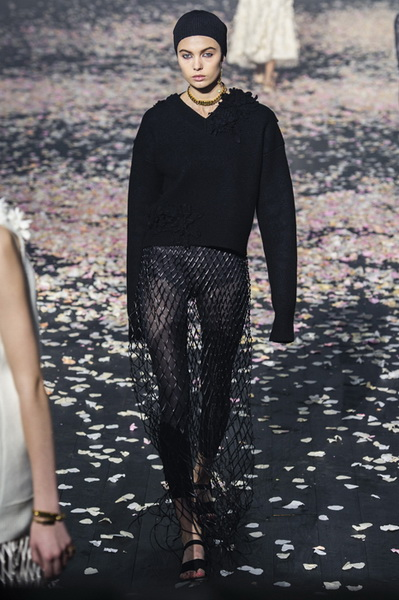 Dior весна-лето 2019 (81582-Dior-SS-2019-15.jpg)