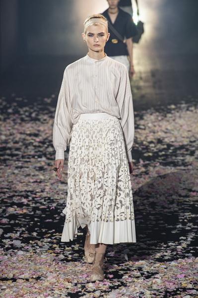 Dior весна-лето 2019 (81582-Dior-SS-2019-17.jpg)