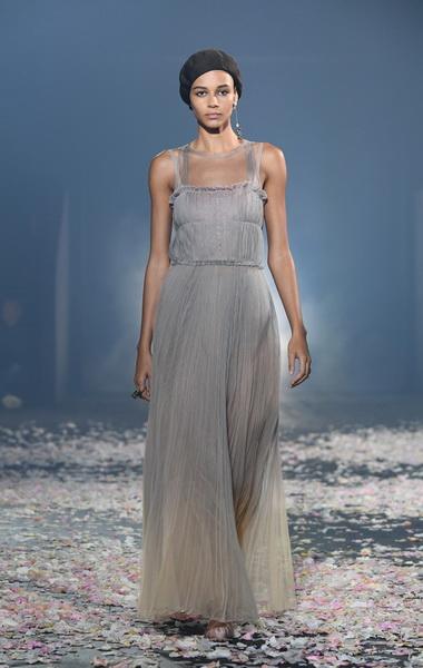 Dior весна-лето 2019 (81582-Dior-SS-2019-b.jpg)