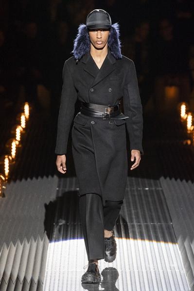Prada Menswear осень-зима 2019/2020 (82766-Prada-Menswear-2019-03.jpg)