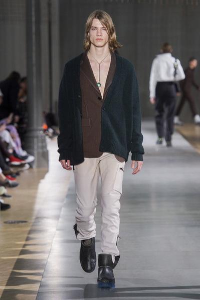 Acne Studios Menswear осень-зима 2019 (82795-Acne-Studios-Menswear-SS-2019-13.jpg)