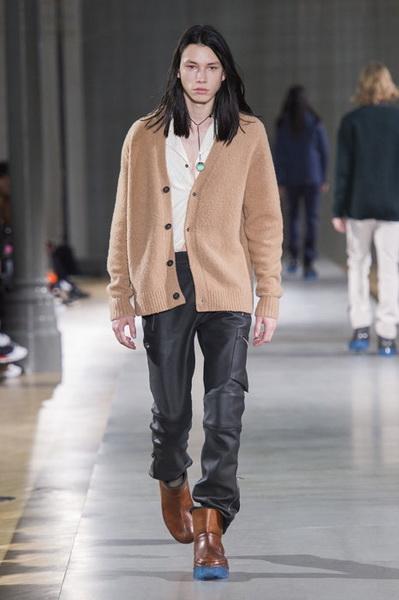 Acne Studios Menswear осень-зима 2019 (82795-Acne-Studios-Menswear-SS-2019-15.jpg)