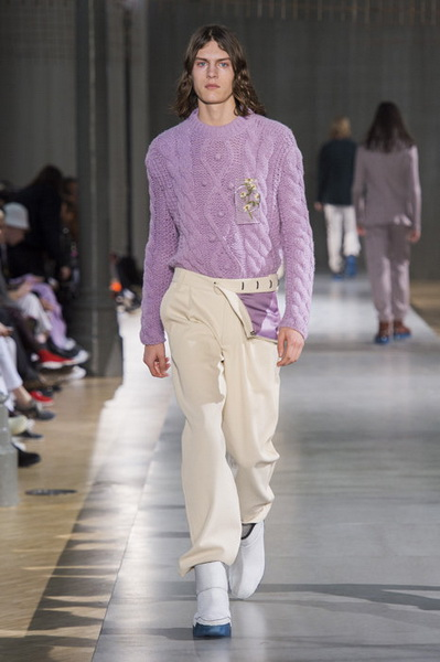 Acne Studios Menswear осень-зима 2019 (82795-Acne-Studios-Menswear-SS-2019-16.jpg)