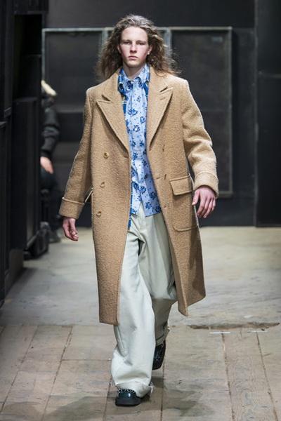 Marni Menswear осень-зима 2019 (82827-Marni-Menswear-SS-2019-02.jpg)