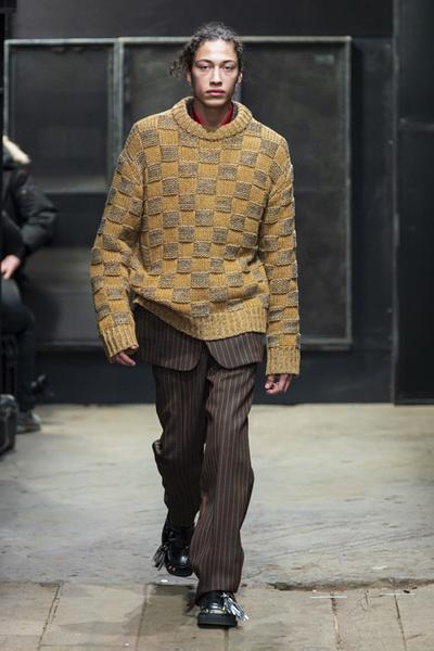 Marni Menswear осень-зима 2019 (82827-Marni-Menswear-SS-2019-21.jpg)