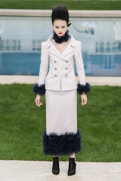 Chanel Couture весна-лето 2019 (83011-Chanel-Haute-Couture-2019-06.jpg)