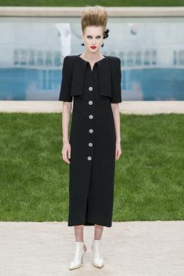 Chanel Couture весна-лето 2019 (83011-Chanel-Haute-Couture-2019-07.jpg)
