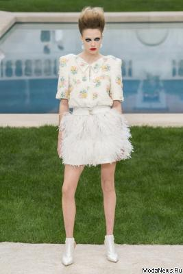 Chanel Couture весна-лето 2019 (83011-Chanel-Haute-Couture-2019-15.jpg)