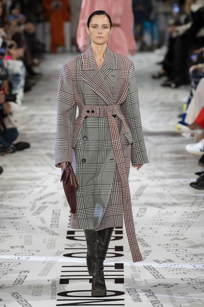 Stella McCartney осень-зима 2019 (83553-Stella-Mccartney-AW-2019-06.jpg)