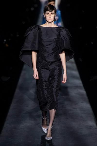 Givenchy осень-зима 2019 (83576-Givenchy-AW-2019-13.jpg)