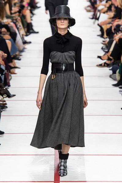 Dior осень-зима 2019 (83601-Dior-AW-2019-03.jpg)