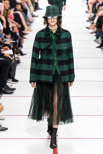 Dior осень-зима 2019 (83601-Dior-AW-2019-07.jpg)