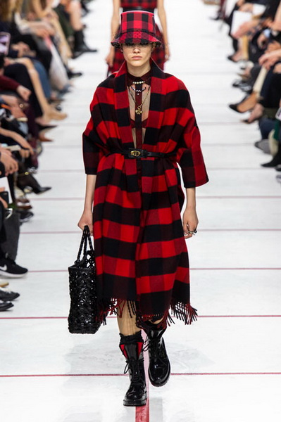 Dior осень-зима 2019 (83601-Dior-AW-2019-10.jpg)